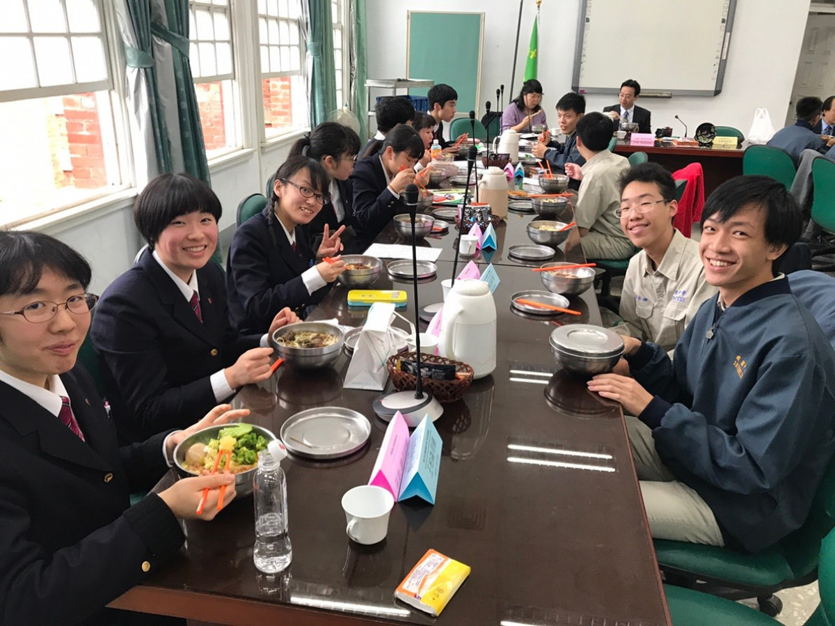 107.12.25日本福島縣立會津學鳳高校來訪