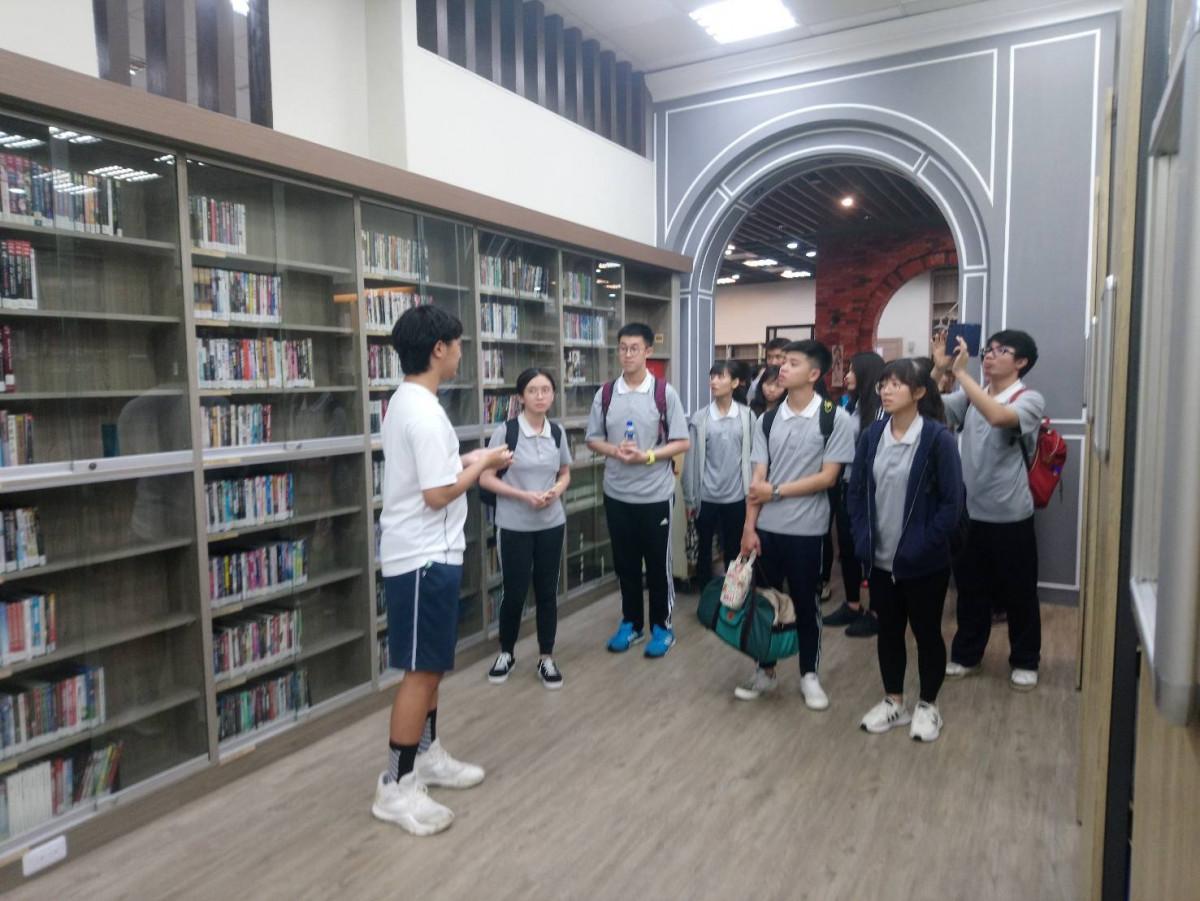 108.09.27慈濟大學蒞校圖書館參訪